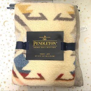 Pendleton | Sherpa Blanket Aztec Print Throw NWT